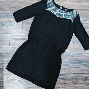 Dresses & Skirts - Black tribal pattern dress
